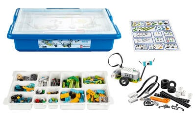WeDo 2.0 set used in FIRST LEGO League Explore Class Pack